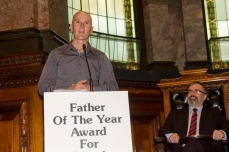 2010 Victorian Father of the Year Chris Berry talks about his award at Melbourne Town Hall.